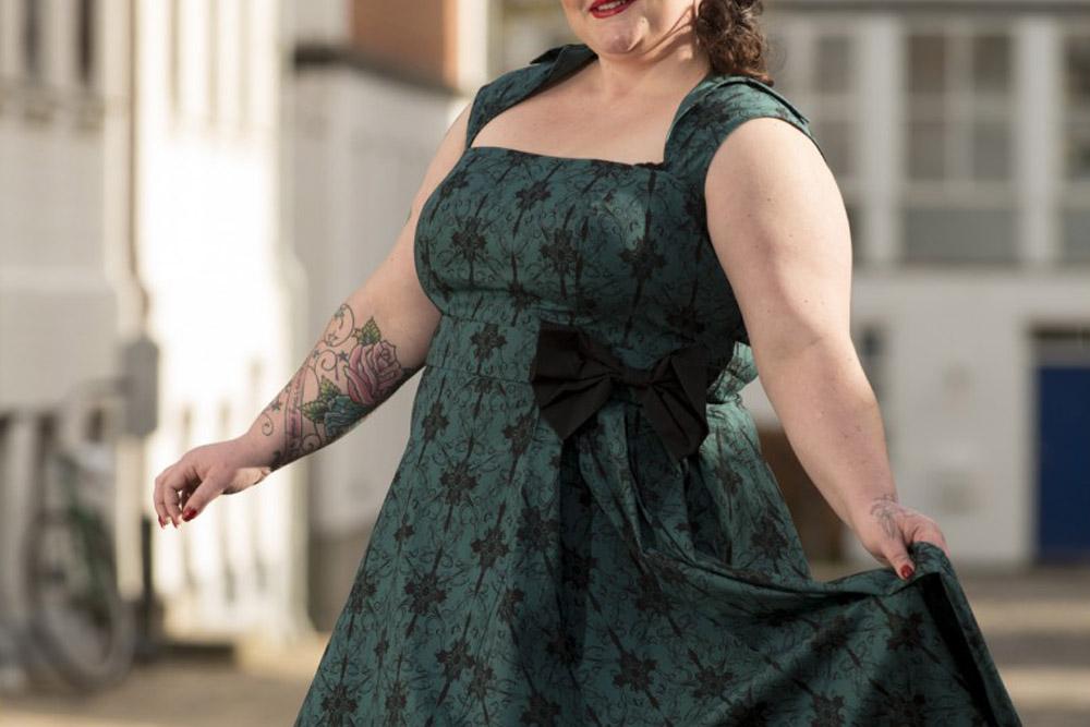 kjoler til fest i store størrelser